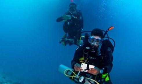 self-reliant-diver